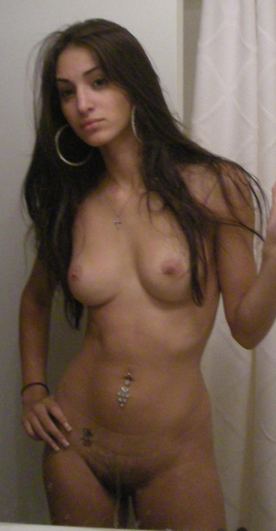 armenian-girls-nude-exposed