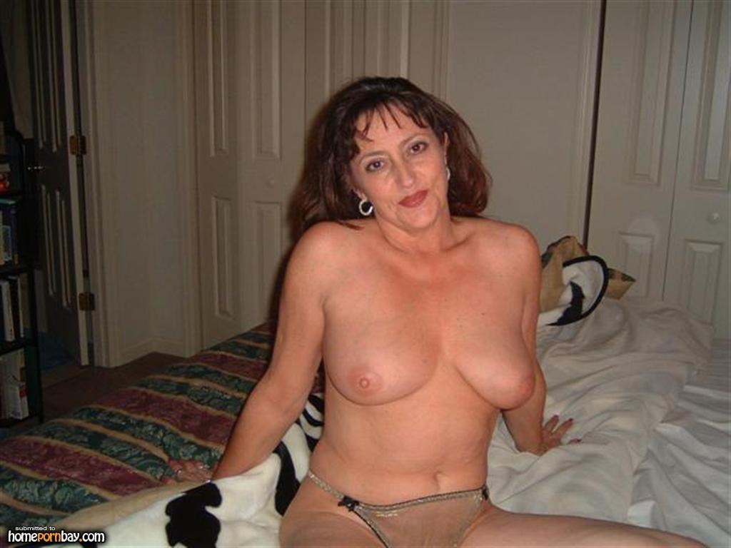 Nice pussy! cum from pussy to pussy this