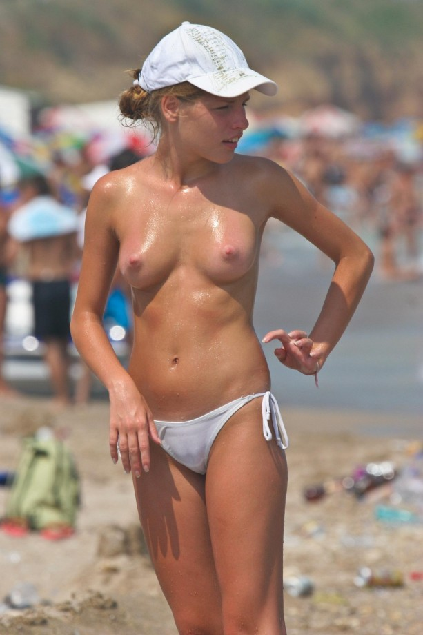 Image URL: http://pic.homepornbay.com/c/a/1/1/9972/270475.jpg  Click to view this fusker