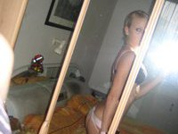 Young amateur teen babe