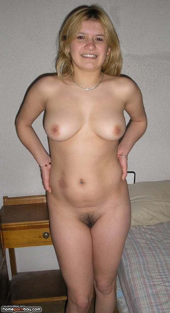 Cute nude blondes giving head