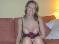 Sexy amateur MILF exposed