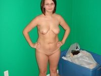 Amateur wife posing nude at home