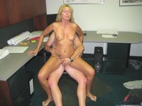 Horny MILF with tiny tits sexlife pics collection