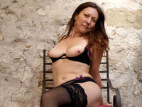 Mature amateur wife still have sexlife