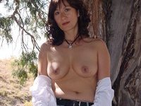 Nice Asian housewife pics collection