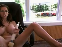 So pretty brunette wife put horny for the yard worker and make this hot video