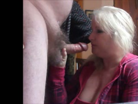 Play 'Pretty blonde chubby milf wife make a hell of a blowjob when parents leave'