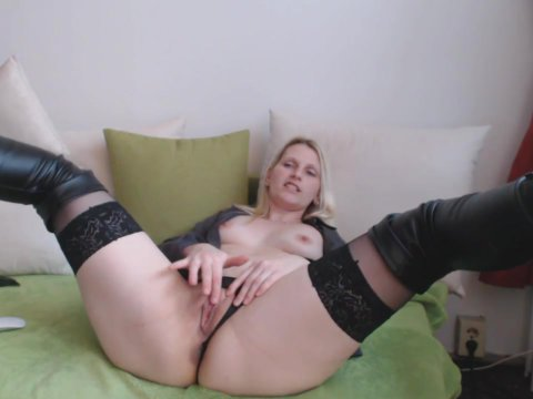 Play 'Blonde with small tits jacks off'