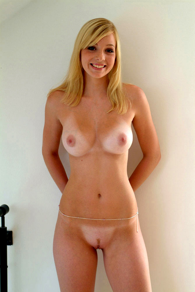 nude Blonde german model
