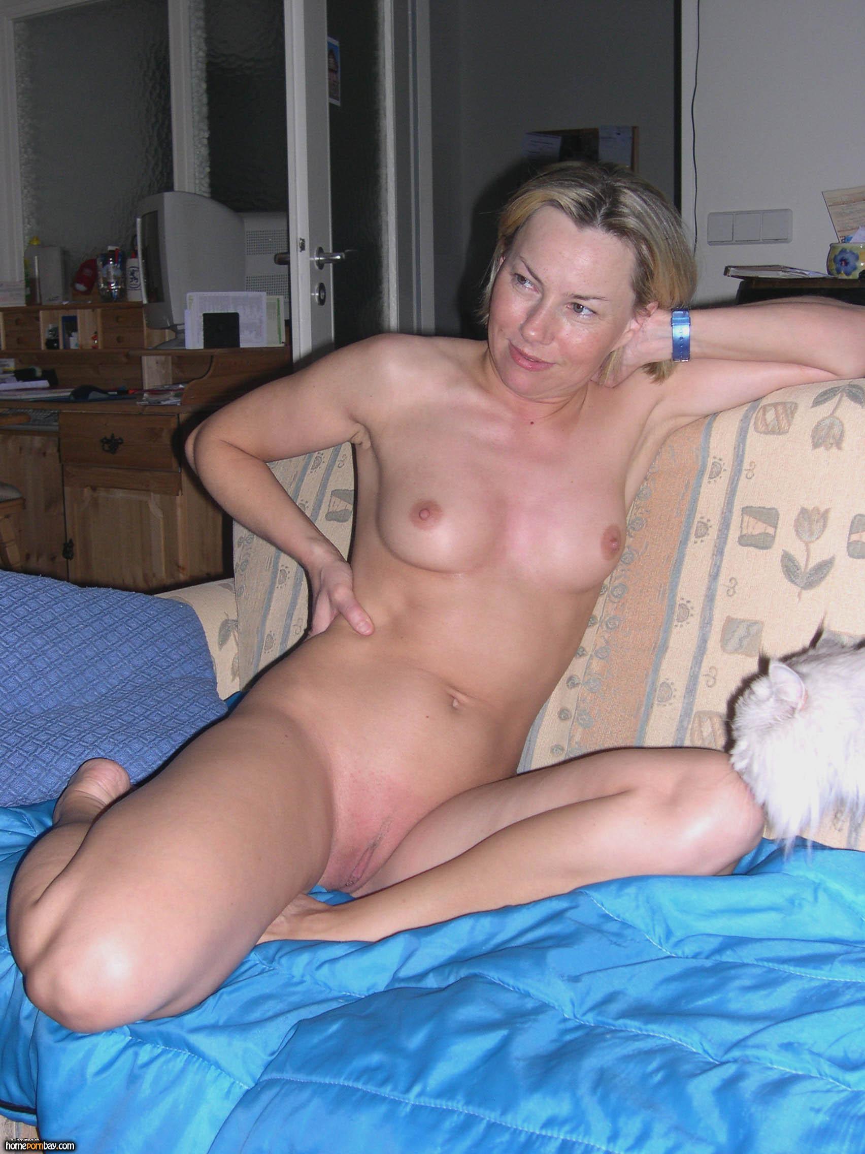 Real homemade milf housewife