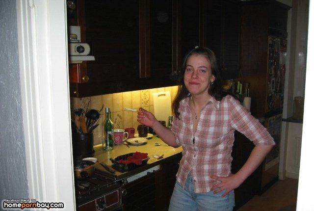 Русская жена сосет комп, куни рабыни для госпожи видео