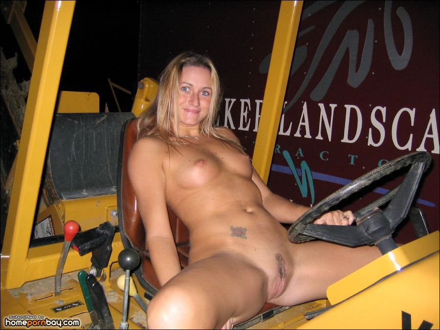 girls naked on the farm