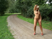 Blonde GF naked outdoors
