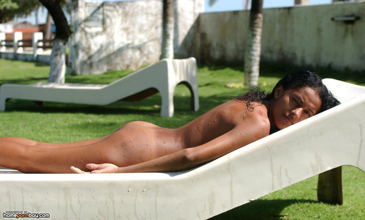 a-video-clip-showing-jackson-sunbathing-naked
