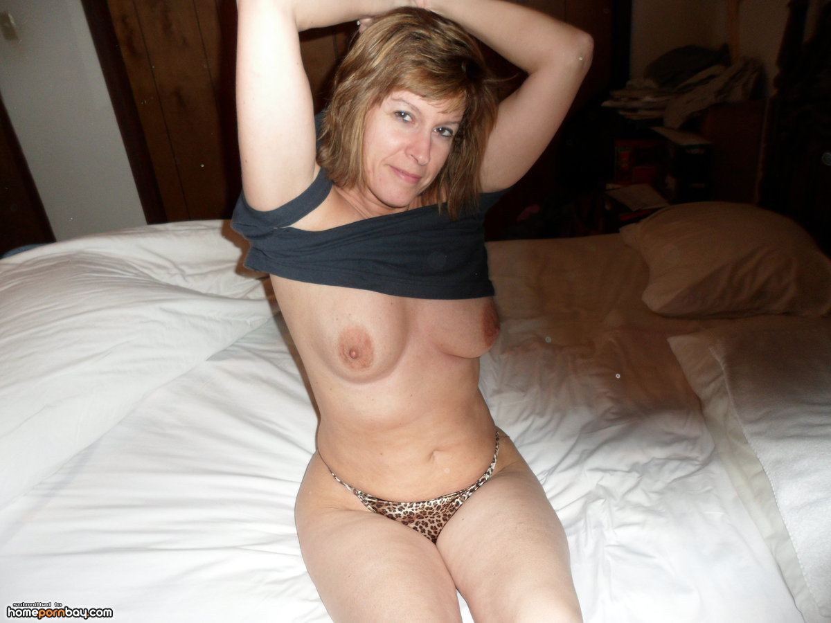 wife at home naked Mature