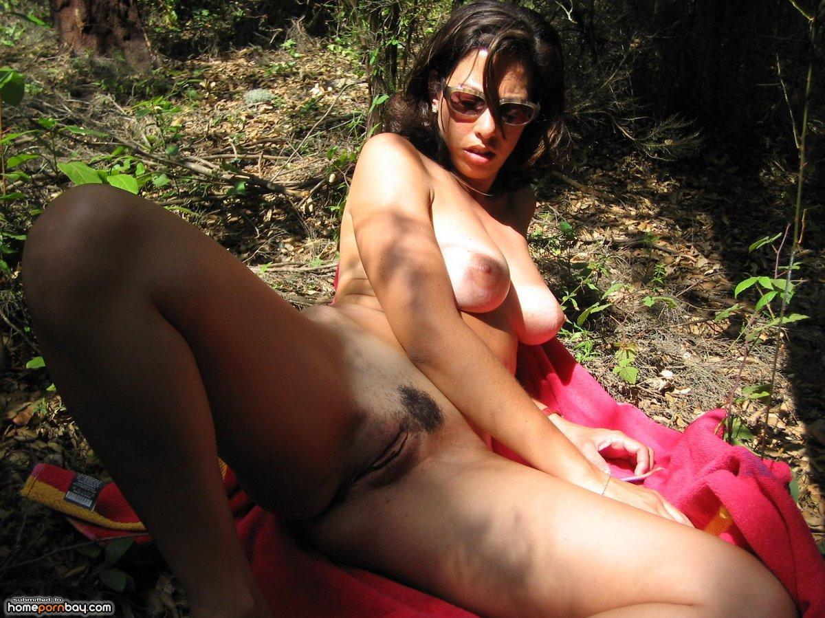 Milf spread her legs in the forrest