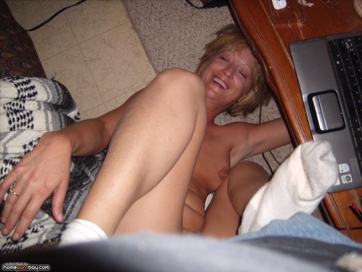 Amateur ebony gangbang porn