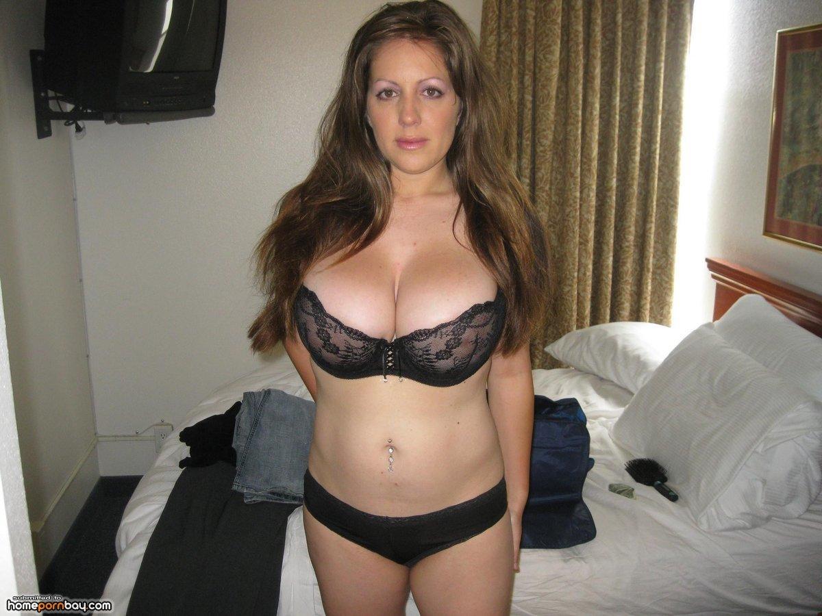 Homemade big tits mom