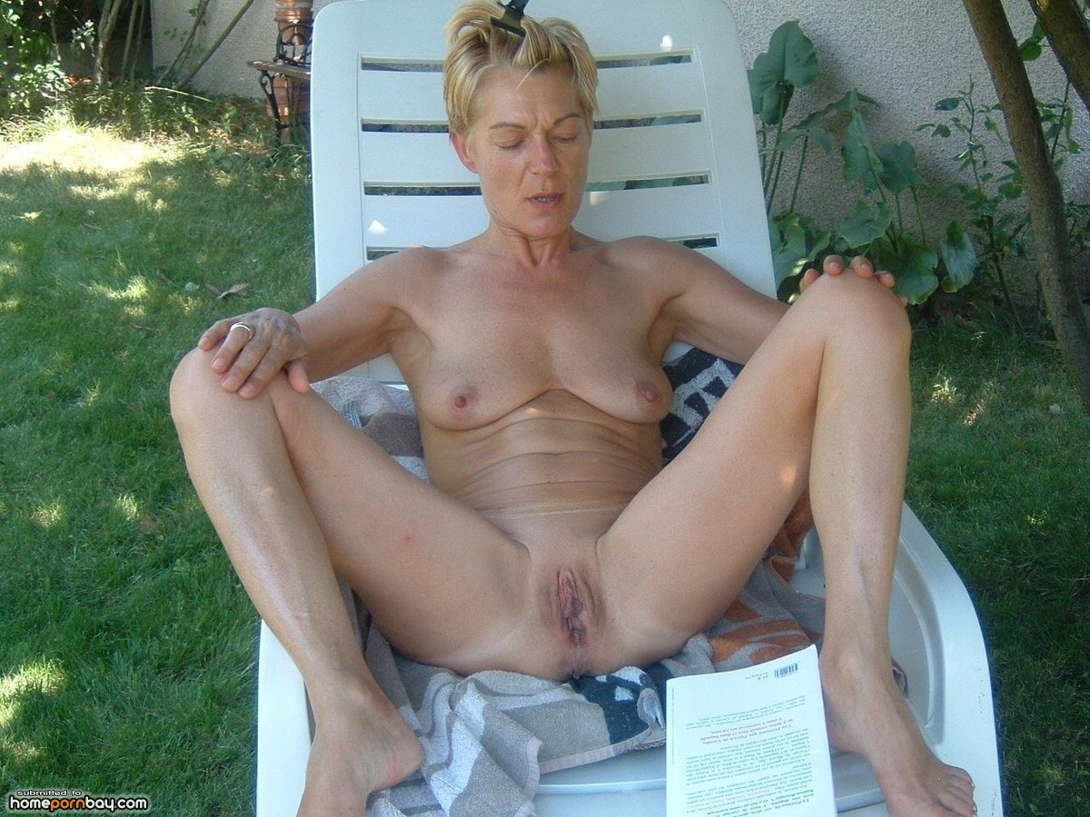 On granny mature beach nudes