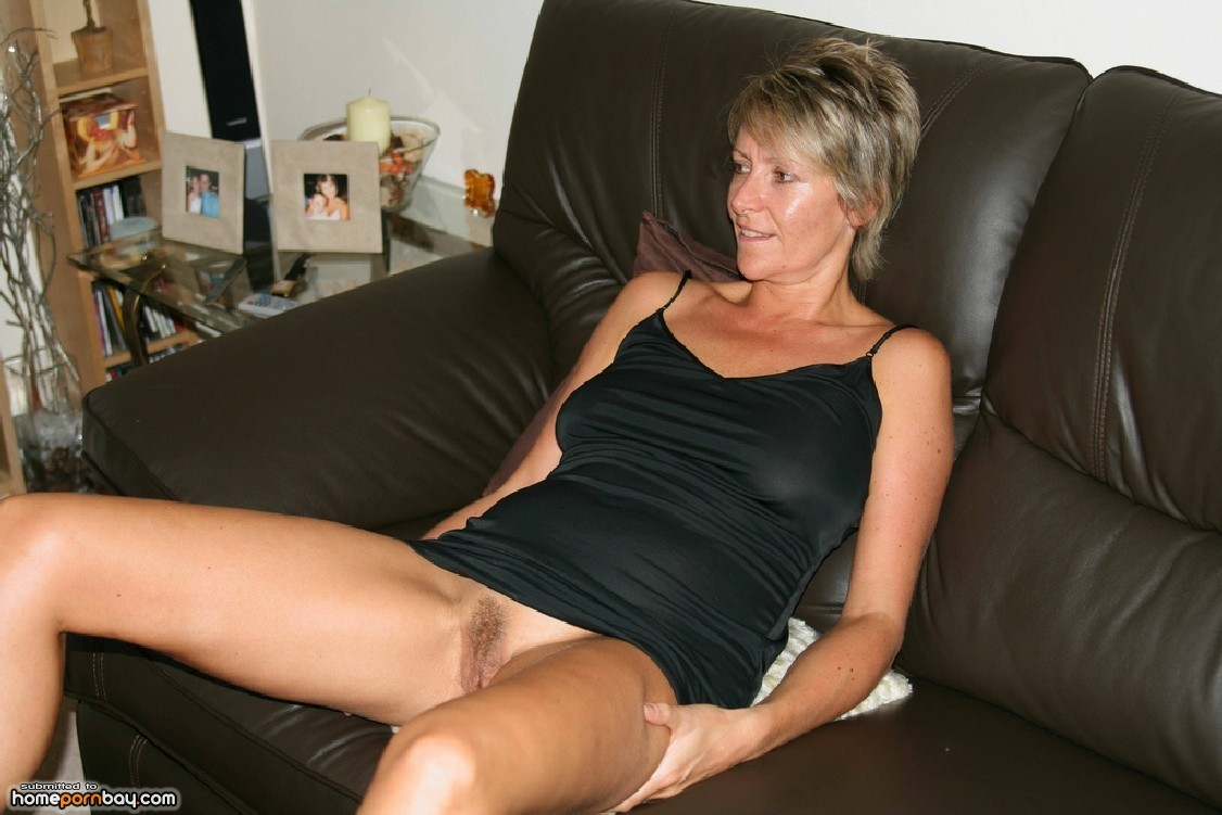 Amateur Wife Takes 10 Inches