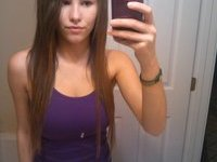 Teen girl makes horny private pictures