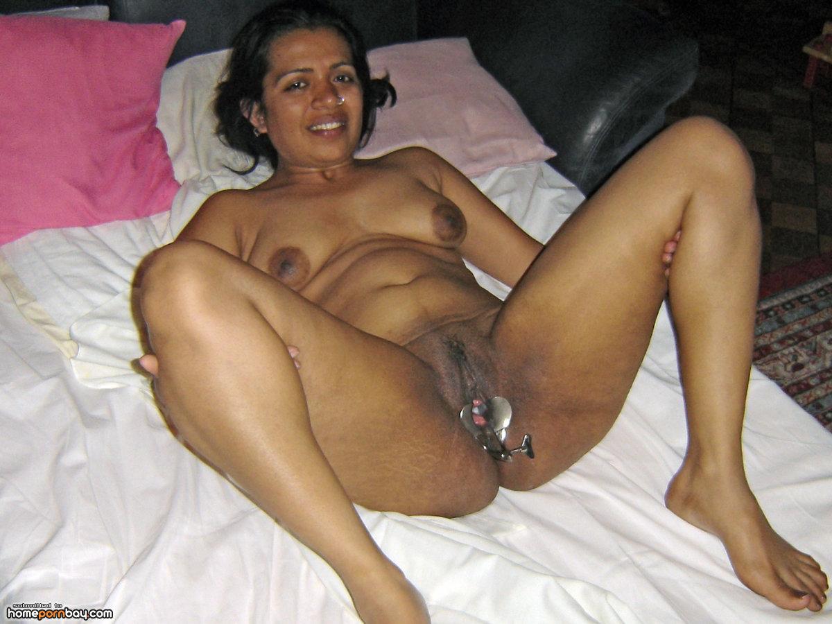 Mature bengali women naked and having sex