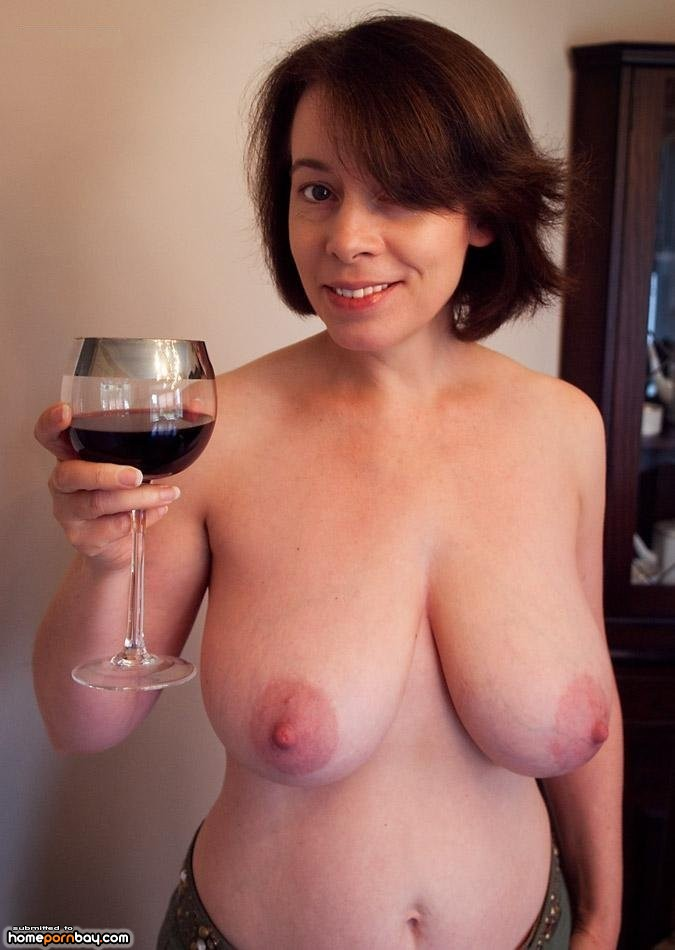 Wild moms posing naked