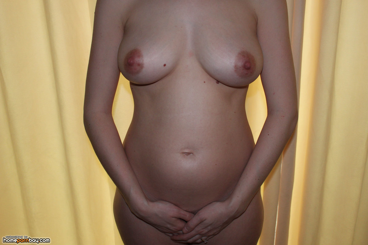 Pregnant girls showing — pic 1