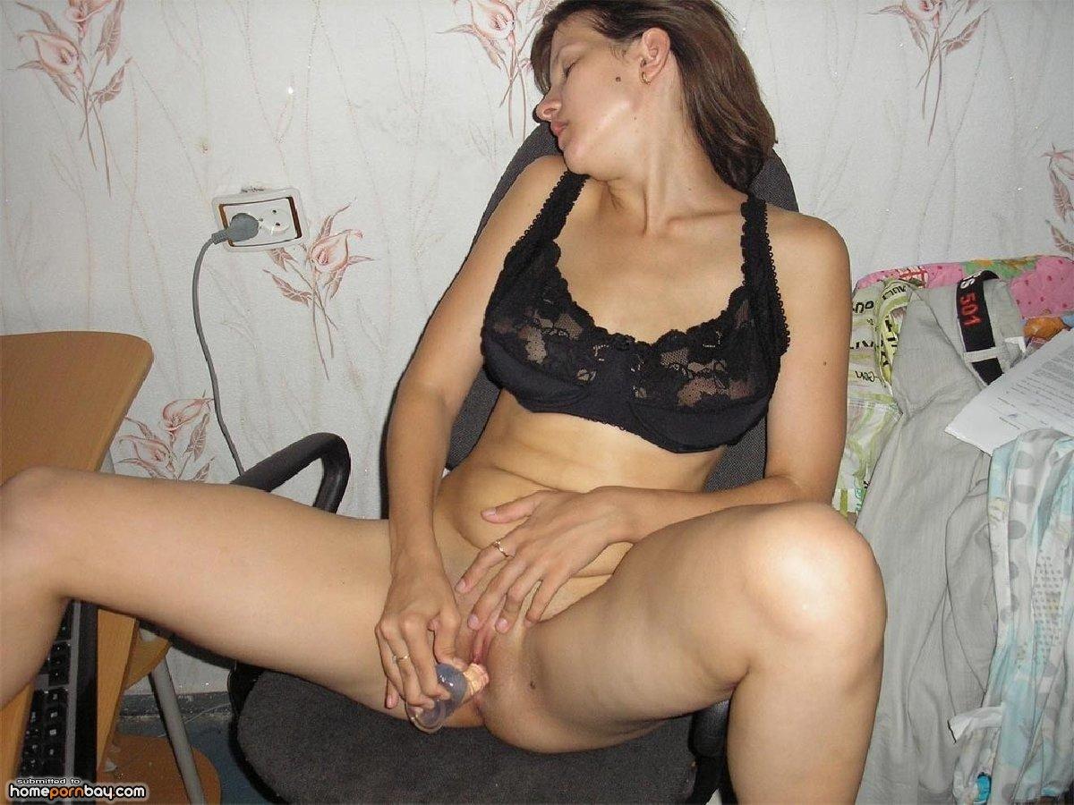 domashnee-zhenskaya-masturbatsiya-porno-video-v-operatsionnom-stole
