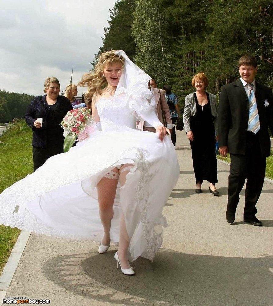 Парень ебет девушку в свадебном платье 3