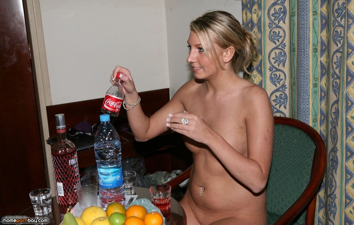 drunk-naked-babes-wife