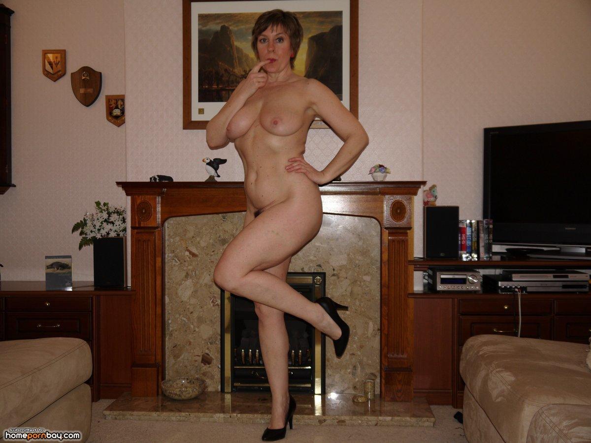 Фото зрелых голых женщин домашнее, Домашнее порно фото со зрелыми, голые бабы 1 фотография