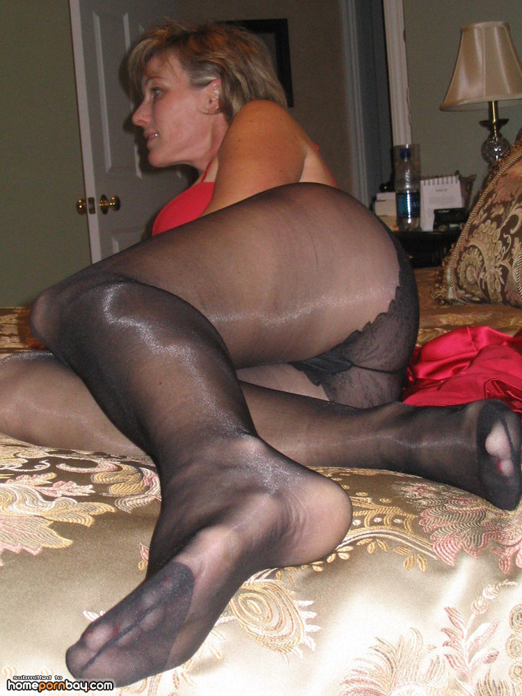 All you need to know about the pantyhose fetish