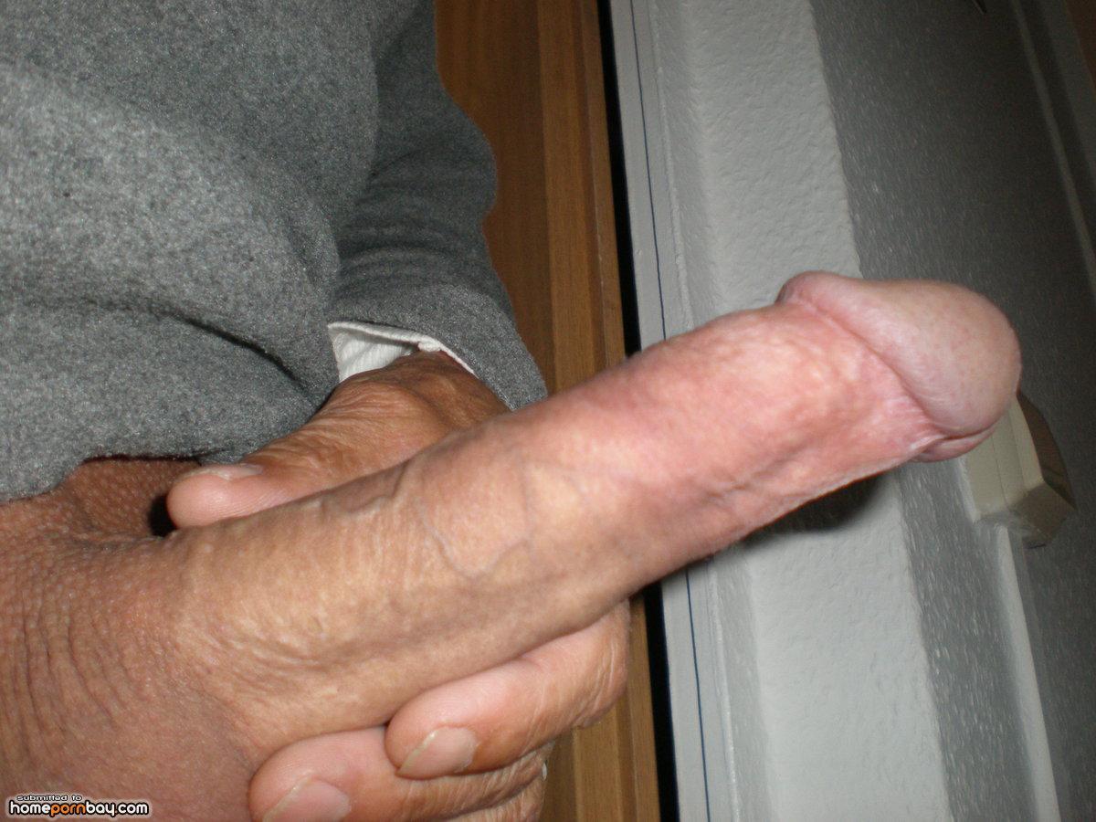 Bilder steifer penis Nachbarsjunge ,Penis