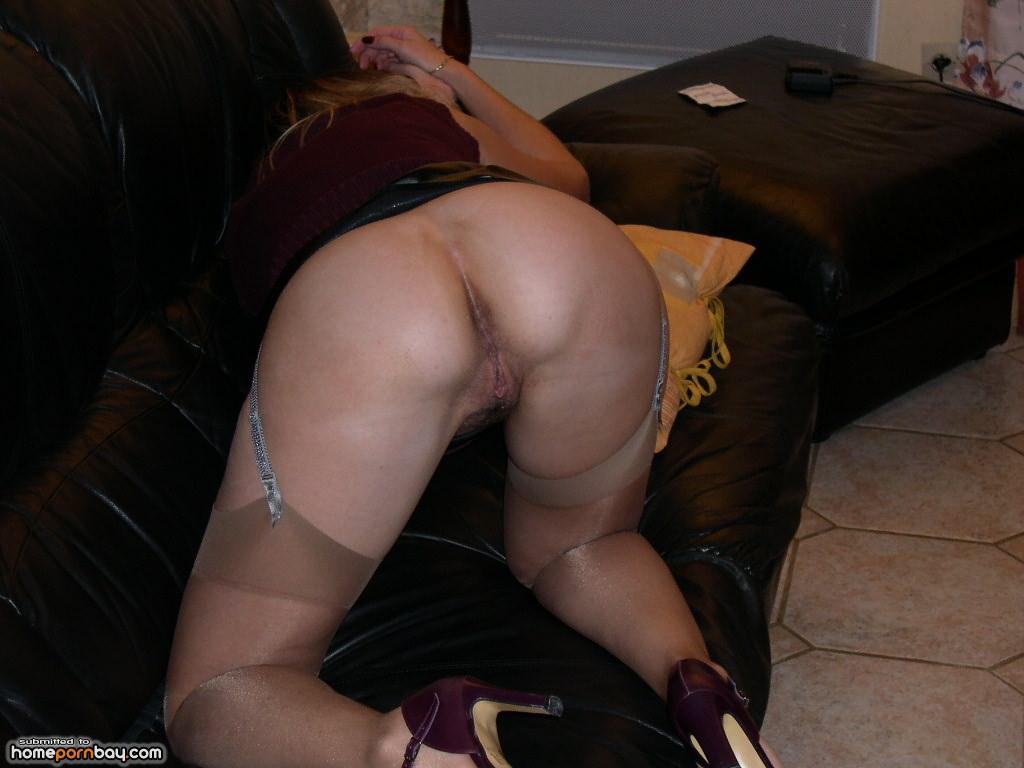 Amateur Blonde Milf Orgasm