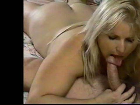 Hot sexy blonde milf big boobs pussy